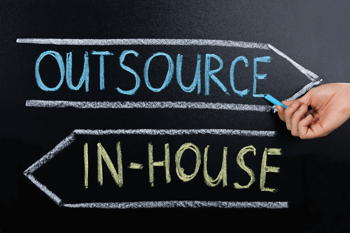 Pros and Cons of Outsourcing IT